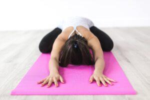 naturheilkunde mit bewegung und yoga